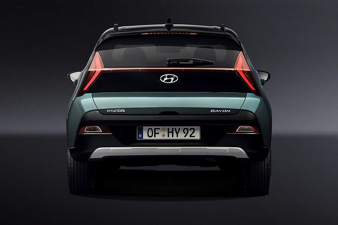 45095-HyundaiMotorrevealsall-newBAYONastylishandsleekcrossoverSUV