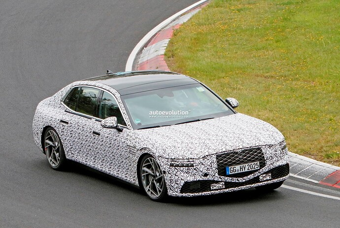 2023-genesis-g90-spied-lapping-the-nurburgring-in-the-wet_26