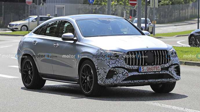 mercedes-benz-gle-coupe-facelift-new-spy-photo-front-three-quarters (2)