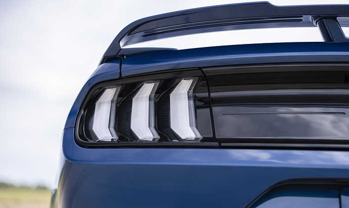 2022FordMustangStealthEdition_09
