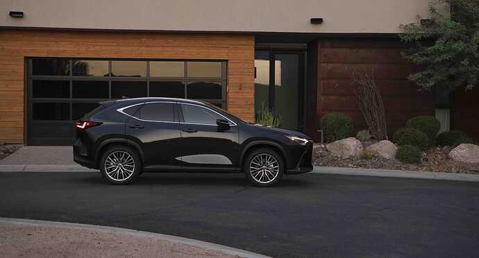 2022_Lexus_NX-350_Caviar_001