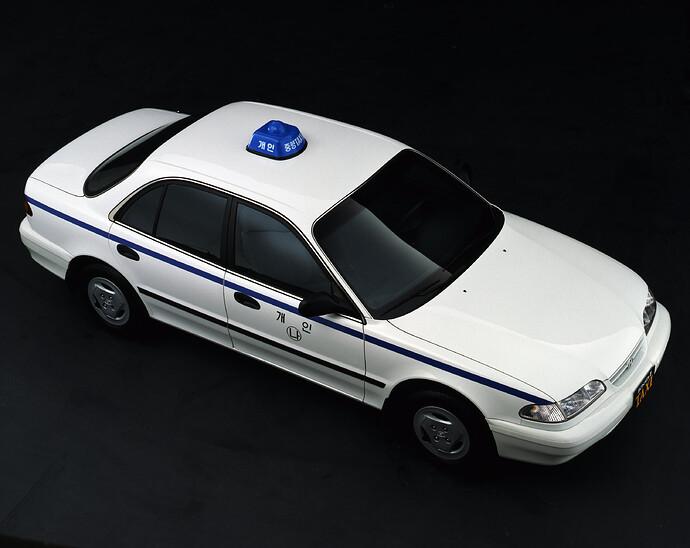 Heritage_Sonata_Taxi_Studio_Shot01_04
