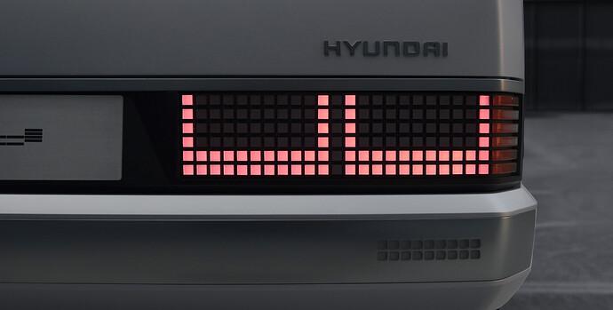 45681-HyundaiMotorShowcasesHeritageSeriesPONYasIconofDesignInnovation