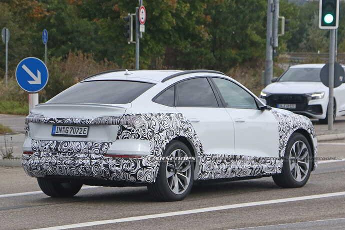 2023-Audi-e-tron-Sportback-facelift-Scoop-30