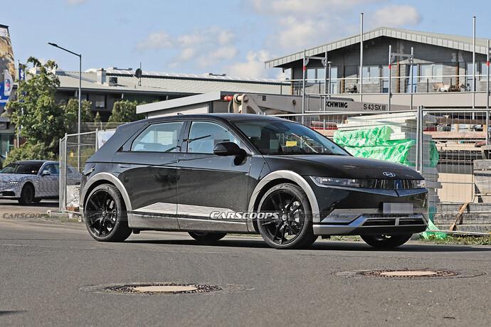 2023-Hyundai-IONIQ-5-N-test-mule-Scoop-5