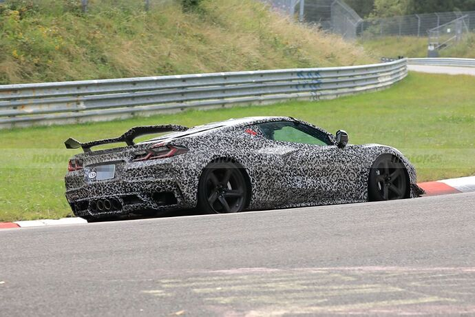 chevrolet-corvette-z06-2023-nurburgring-crono-fotos-espia-202181097-1631429039_5