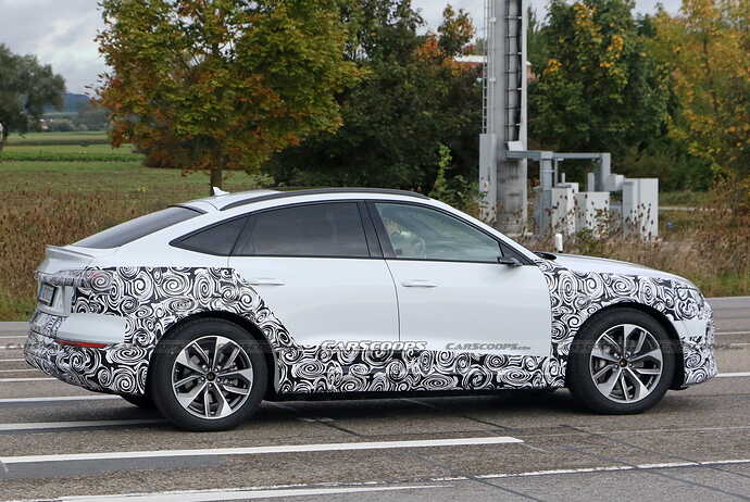 2023-Audi-e-tron-Sportback-facelift-Scoop-27