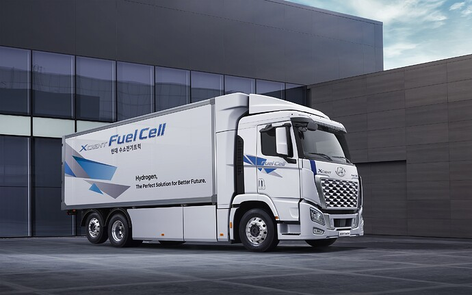 (Photo_4)_2021_XCIENT_Fuel_Cell