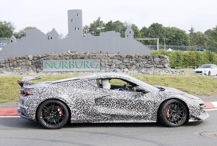 chevrolet-corvette-z06-2023-nurburgring-fotos-espia-202180442-1629211454_29