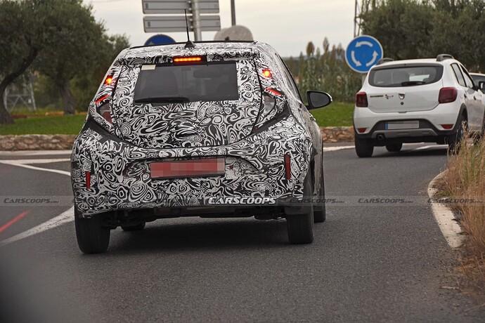 2022-Toyota-Aygo-Prototype-13