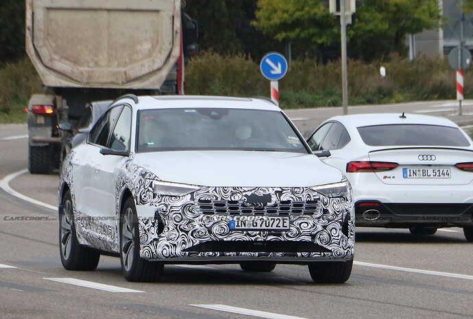 2023-Audi-e-tron-Sportback-facelift-Scoop-15