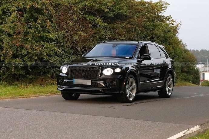 2022-Bentley-Bentayga-Black-3