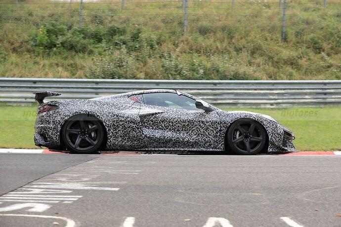 chevrolet-corvette-z06-2023-nurburgring-crono-fotos-espia-202181097-1631429036_4