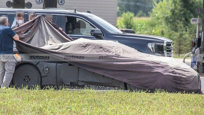 chevrolet-corvette-e-ray-fotos-espia-202180412-1629132272_22