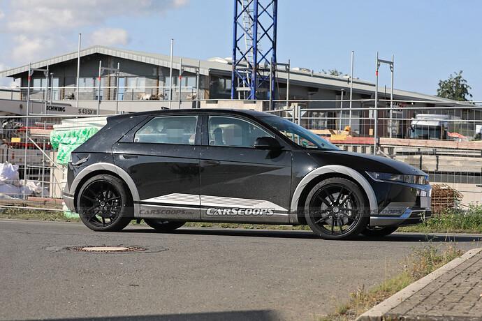 2023-Hyundai-IONIQ-5-N-test-mule-Scoop-6