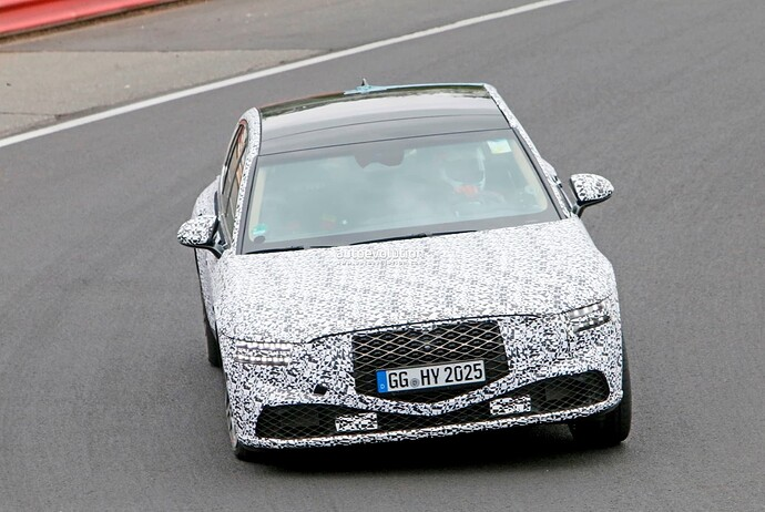 2023-genesis-g90-spied-lapping-the-nurburgring-in-the-wet_23