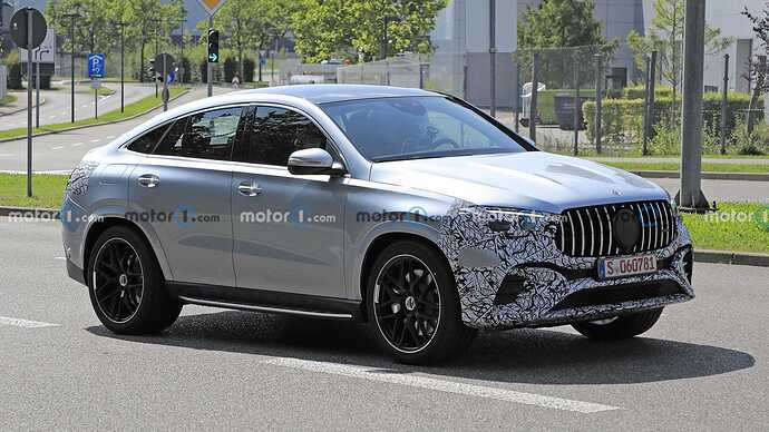mercedes-benz-gle-coupe-facelift-new-spy-photo-front-three-quarters (4)