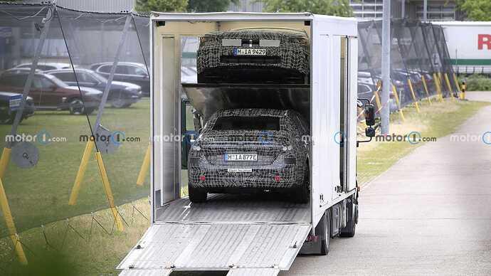 bmw-i5-spy-shots-rear-on-truck