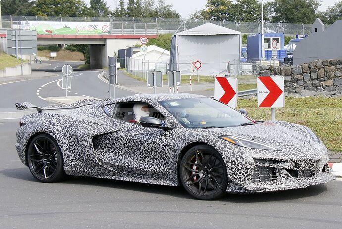 chevrolet-corvette-z06-2023-nurburgring-fotos-espia-202180442-1629211448_27