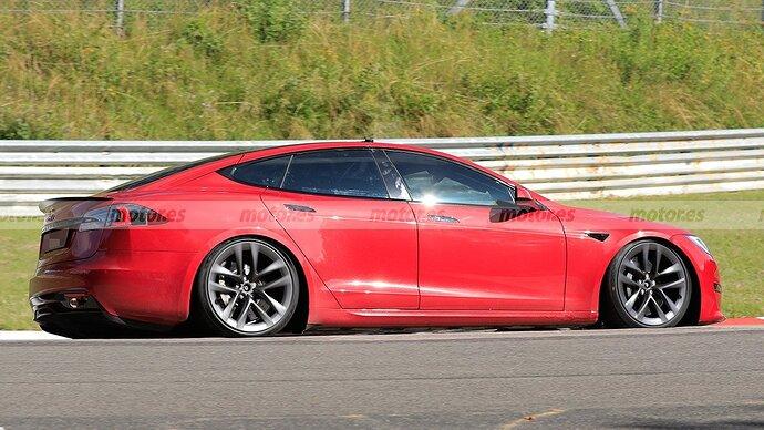 tesla-model-s-plaid-2021-nurburgring-202179931-1627322165_6