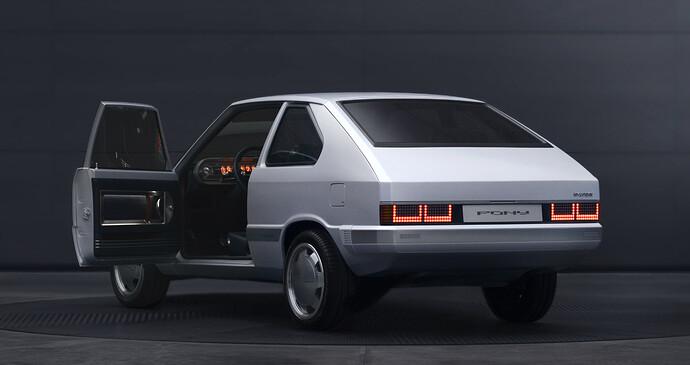 45676-HyundaiMotorShowcasesHeritageSeriesPONYasIconofDesignInnovation