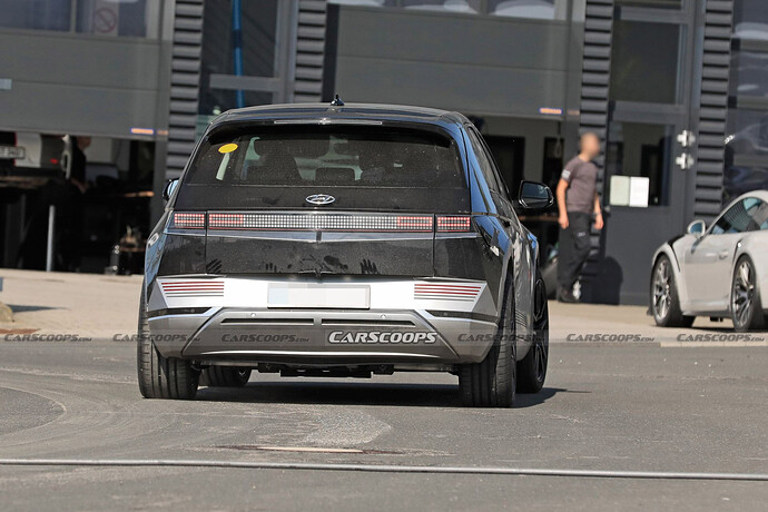 2023-Hyundai-IONIQ-5-N-test-mule-Scoop-13