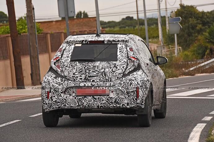 2022-Toyota-Aygo-Prototype-11