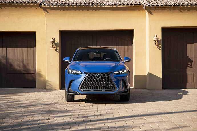 2022_Lexus_NX-350h_Luxury_GrecianWater_064