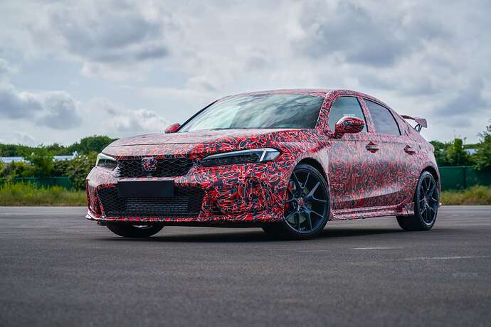 2023-honda-civic-type-r-looks-fast-and-furious-in-official-teasers-coming-next-year_1