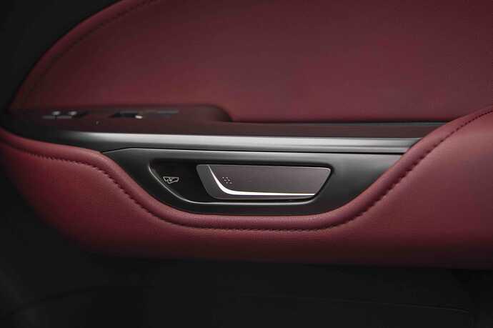 2022_Lexus_NX-350h_Luxury_Interior_083