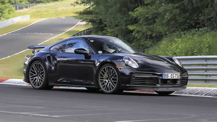 Porsche 911 Turbo Hybrid-8