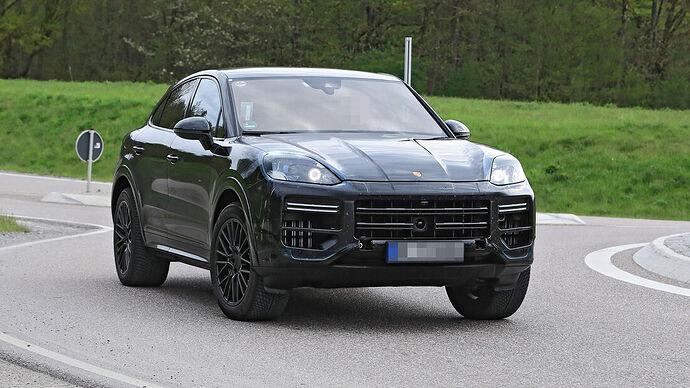 Erlkoenig-Porsche-Cayenne-Coup--169Gallery-7d6579b1-1797383
