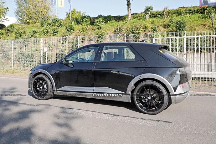 2023-Hyundai-IONIQ-5-N-test-mule-Scoop-19