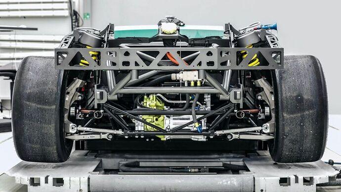 Porsche-Mission-R-169Gallery-f48b30e6-1836332