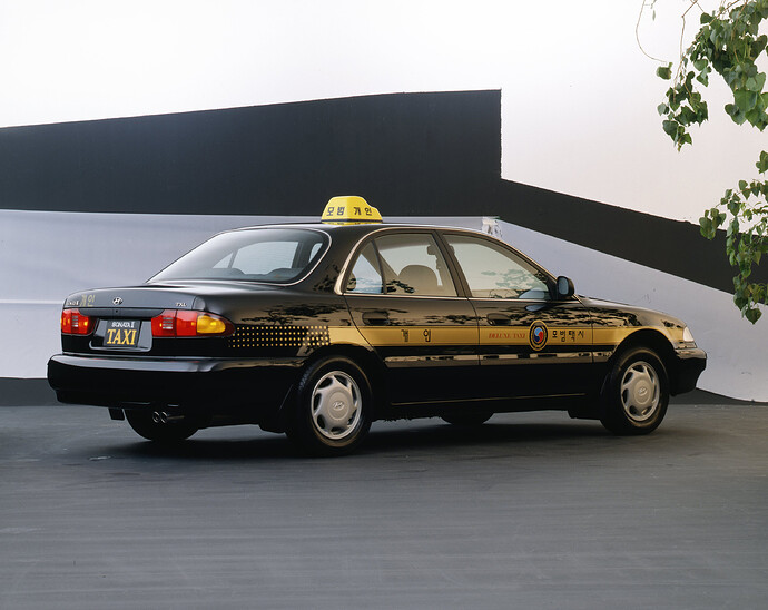 Heritage_Sonata_Taxi_Studio_Shot01_02