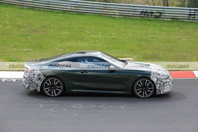 bmw-serie-8-coupe-2022-facelift-nurburgring-fotos-espia-202180159-1628101980_7