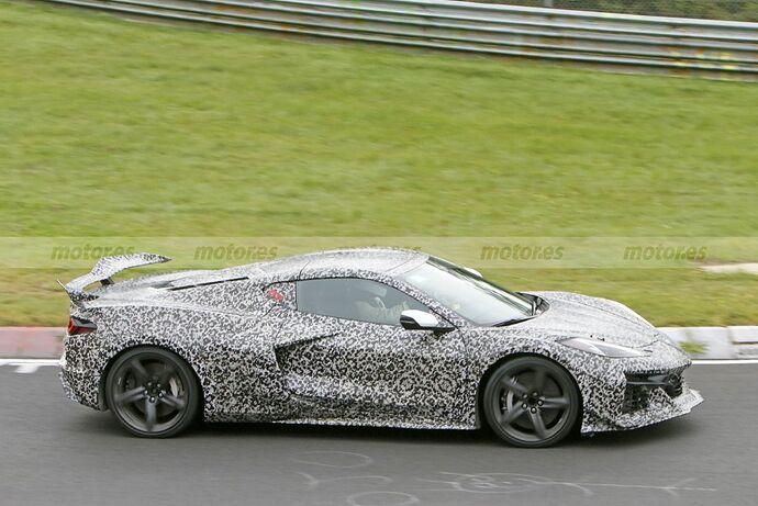 chevrolet-corvette-z06-2023-nurburgring-fotos-espia-202180442-1629211386_5