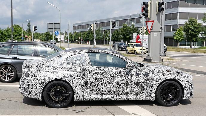 BMW M2 10
