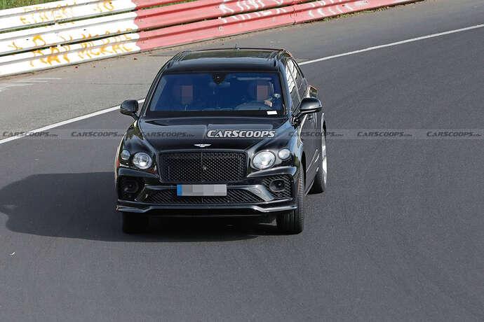 2022-Bentley-Bentayga-Black-10