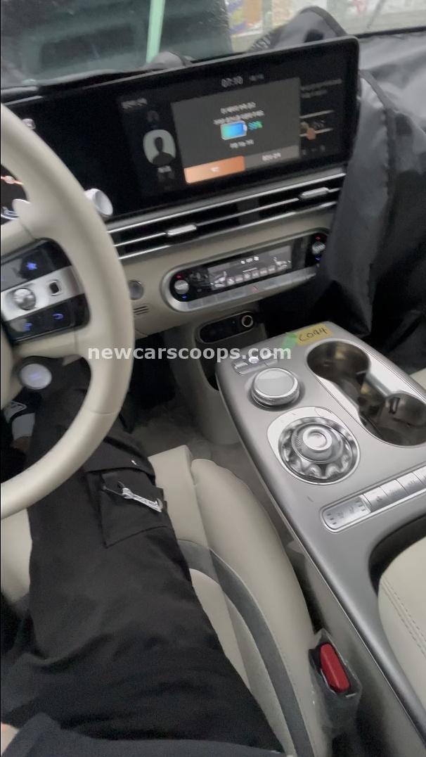 Genesis GV60 Interior009