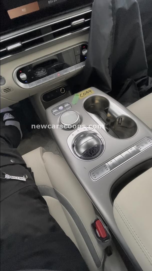 Genesis GV60 Interior008